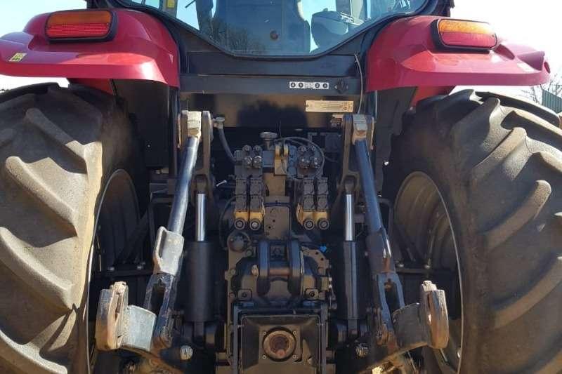 Case Four wheel drive tractors Case IH Puma 210 Tractors