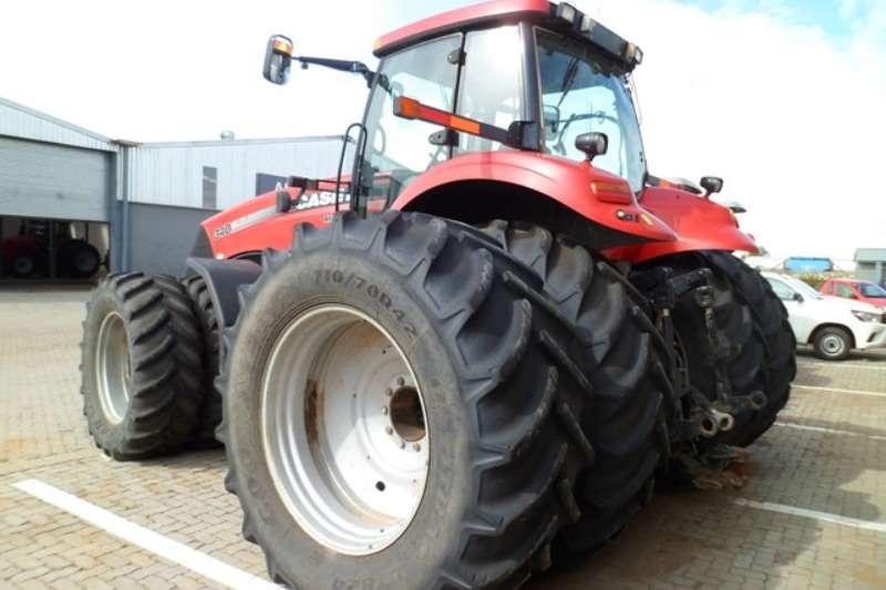 Case Four wheel drive tractors Case Magnum, 340 Tractor Tractors