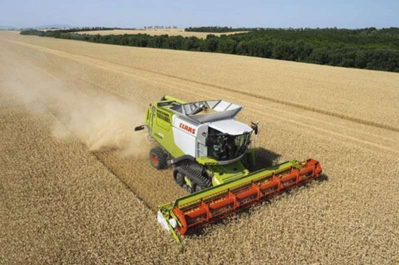 Claas LEXION 670 / 650 Combine harvesters and harvesting equipment