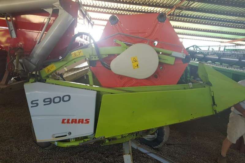Claas Combine Harvesters and Harvesting Equipment Other Heads Claas S 900 2014