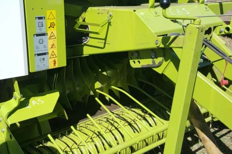 Claas 240 Net and Twine baler Hay and forage