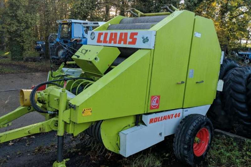 Claas Balers Claas 44 Baler round baler Hay and forage