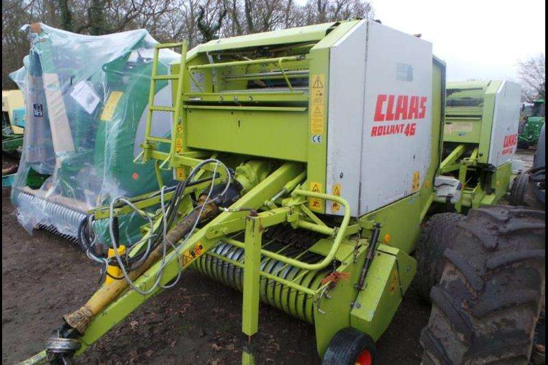 Claas Hay and Forage Balers Claas 46 twine and net ready to bale