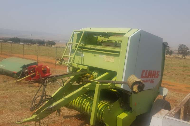 Claas Hay and Forage Balers claas rolant 46 2006
