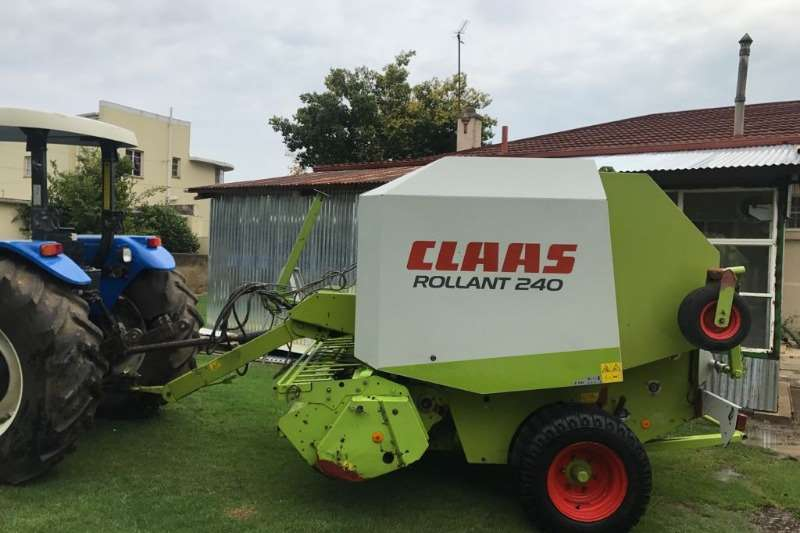 Claas Hay and Forage Balers Claas Rolland 240 RF