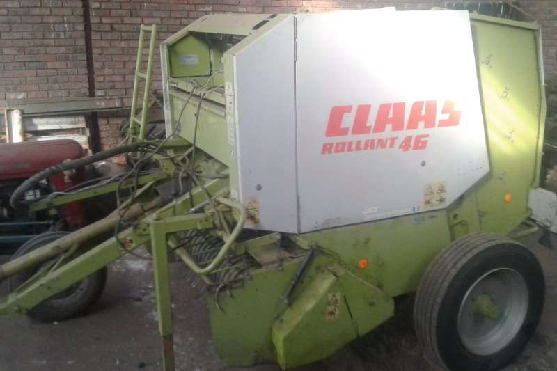 Claas Hay and Forage Balers Claas Rollant66