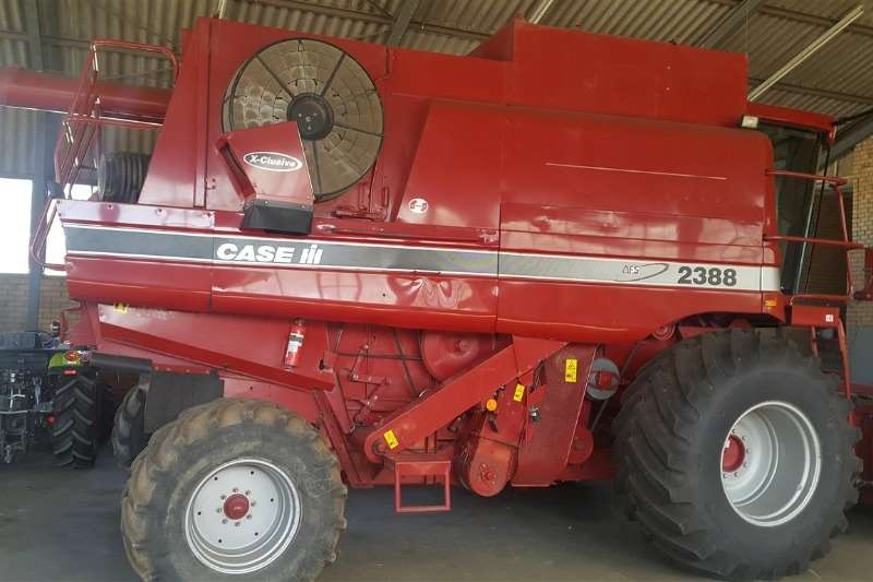 Case 2388 Combine harvesters and harvesting equipment