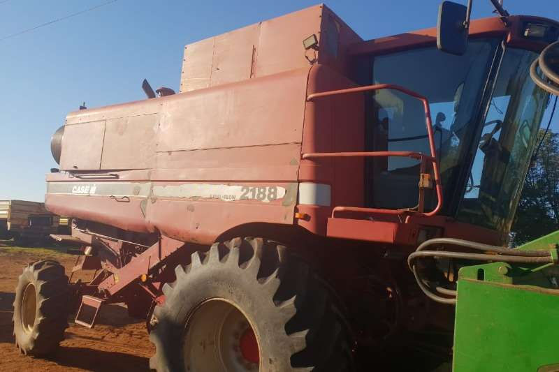 Case Grain harvesters Case 2188 Combine harvesters and harvesting equipment