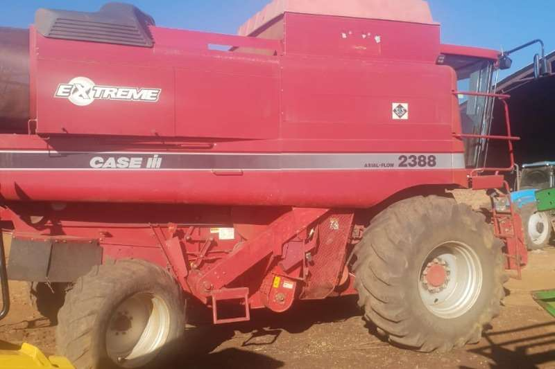 Combine Harvesters and Harvesting Equipment Case Grain Harvesters Case 2388 2007
