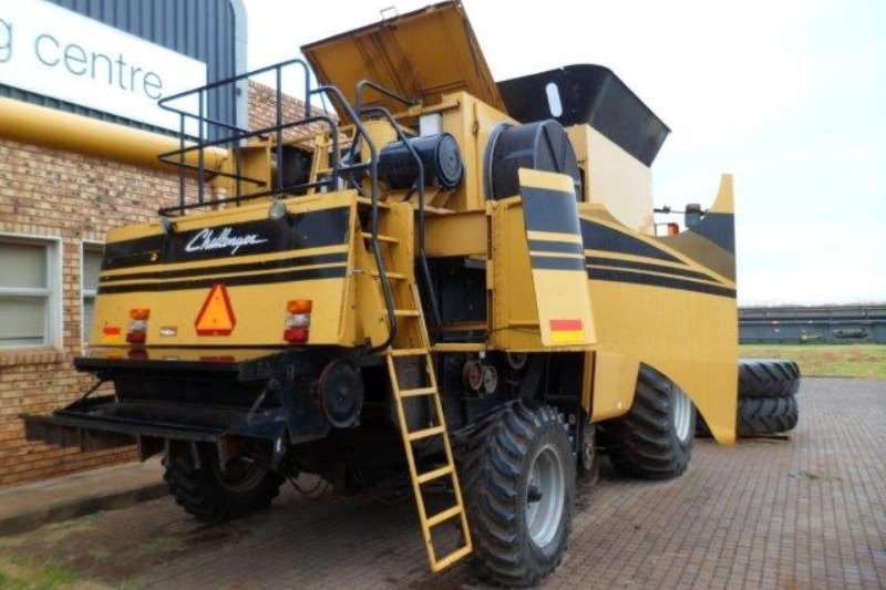 Caterpillar Challenger 670 Combine Harvester Combine harvesters and harvesting equipment