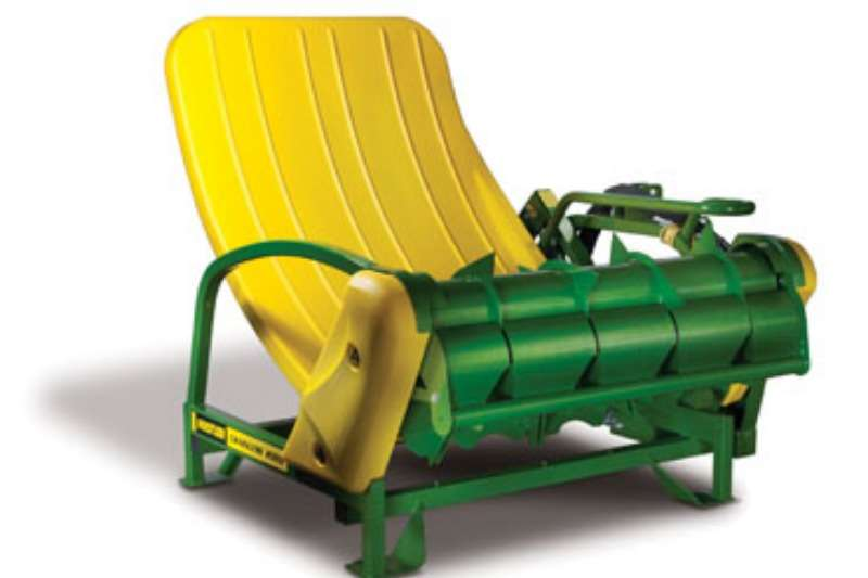 Chainless 2000 Combine harvesters and harvesting equipment