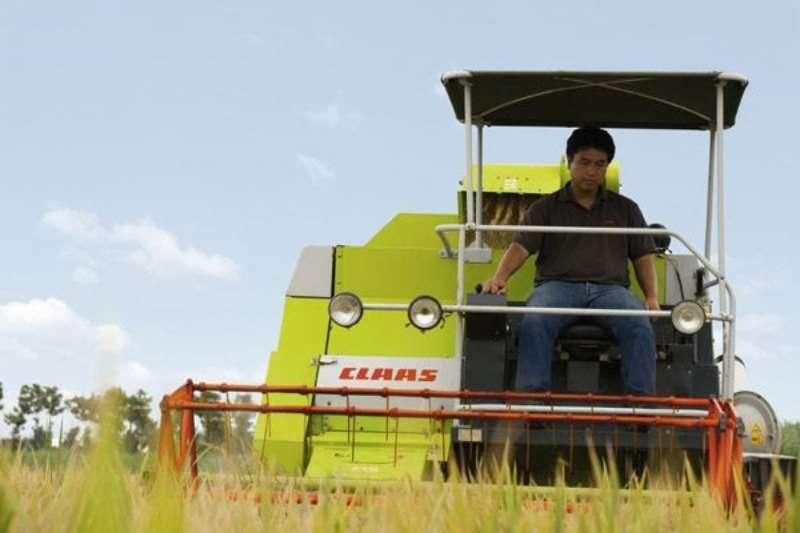 Claas CROP TIGER 30 TT Combine harvesters and harvesting equipment