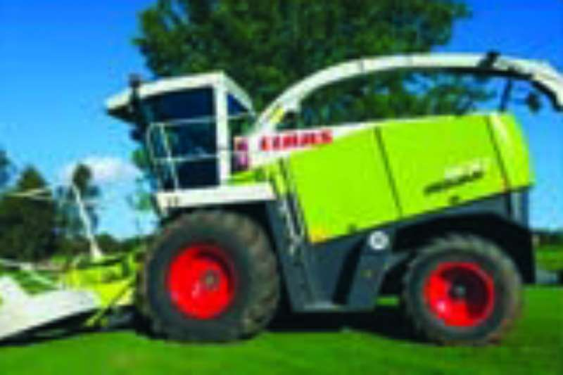 Claas Forage harvesters Jaguar 900 Combine harvesters and harvesting equipment