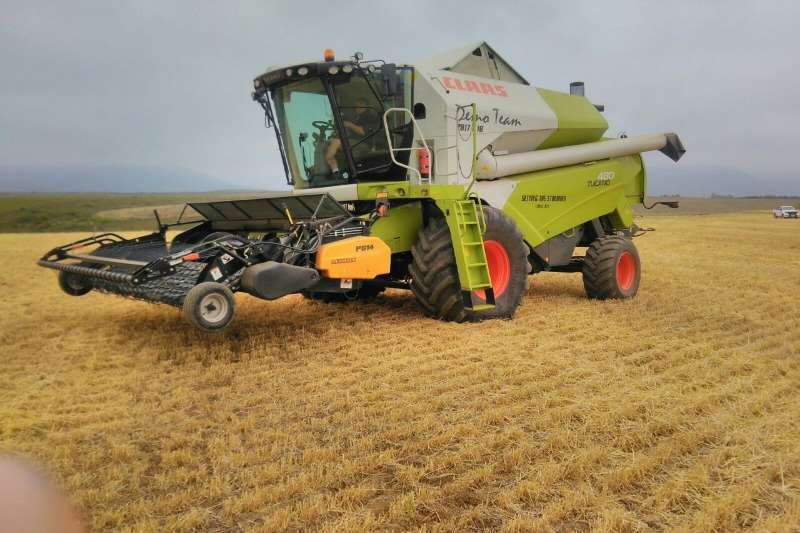 Claas Tucano 480 Combine harvesters and harvesting equipment