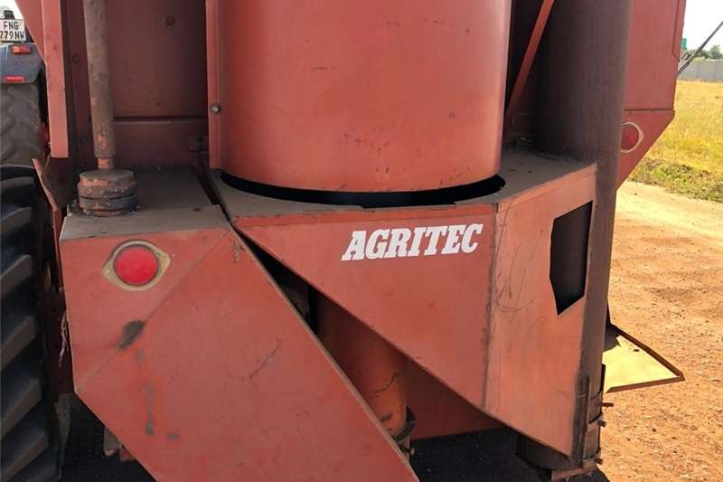 Combine Harvesters and Harvesting Equipment Grain Harvesters Agritech 172 Enkelry Stroper