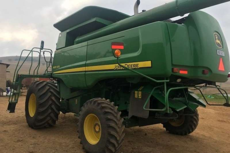 John Deere Grain harvesters John Deere 9670 STS Combine harvesters and harvesting equipment