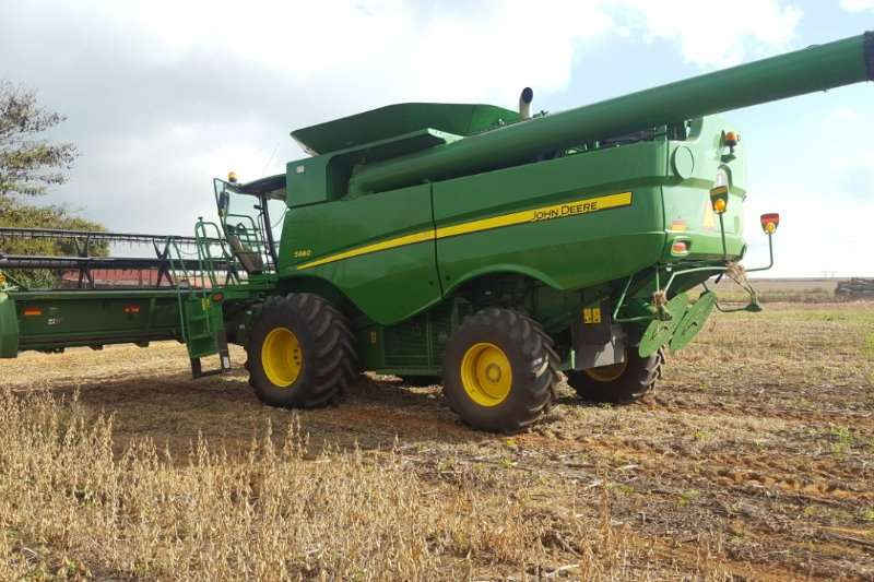 John Deere JD S660 Combine harvesters and harvesting equipment