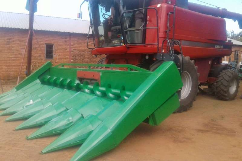 Combine Harvesters and Harvesting Equipment Maize Heads Intermech Mielie Tafel 0