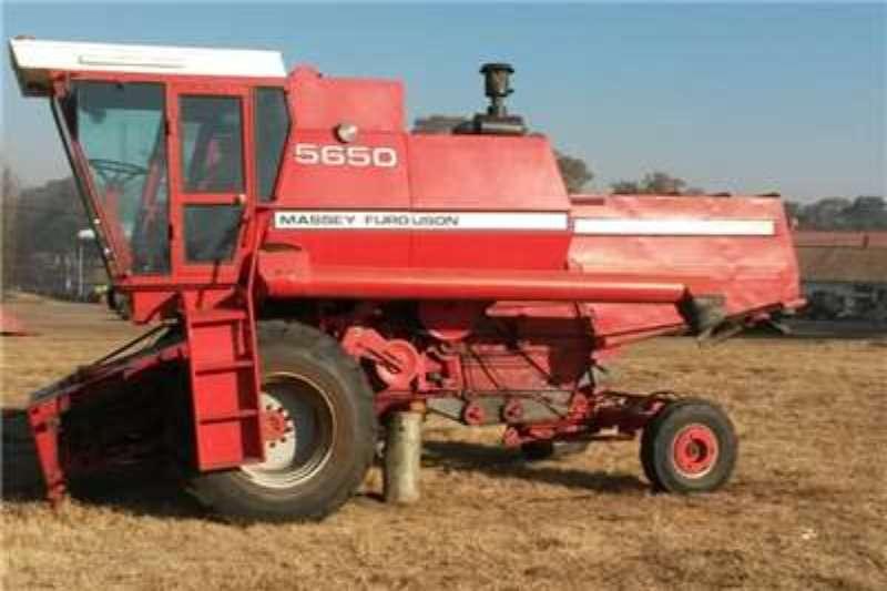 Massey Ferguson 5650 Combine harvesters and harvesting equipment
