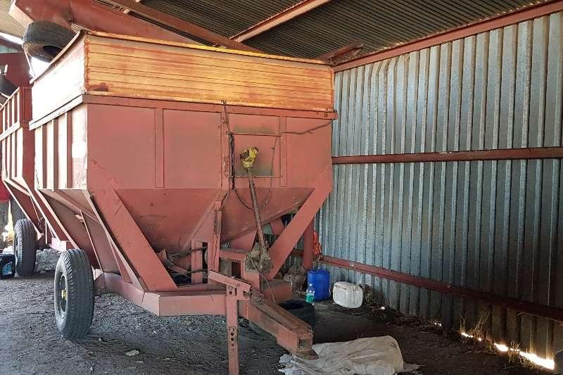 Combine Harvesters and Harvesting Equipment Other Combine Harvesters and Harvesting Equipment 5 ton Slattery tapkar