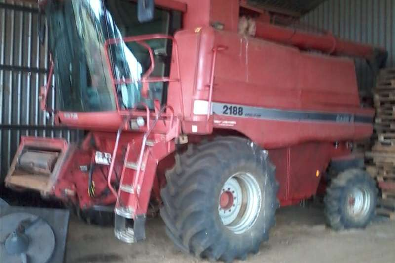 Other combine harvesters and harvesting equipment Case 2188 harvester dorsmasjien Combine harvesters and harvesting equipment