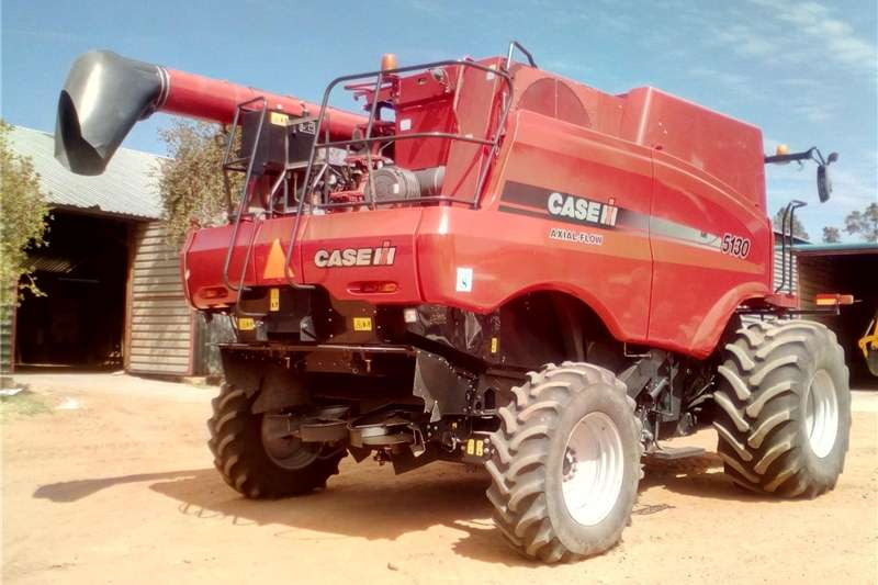 Other combine harvesters and harvesting equipment Case 5130 Combine Harvester Combine harvesters and harvesting equipment