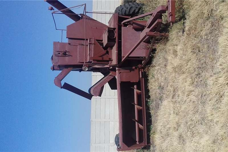 Other combine harvesters and harvesting equipment Harvester dorsmasjien Combine harvesters and harvesting equipment