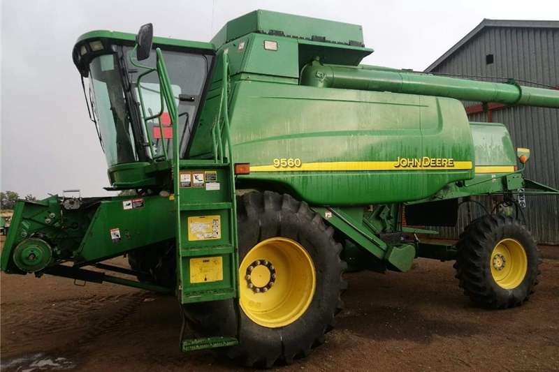 Other combine harvesters and harvesting equipment John Deere 9560 Combine harvesters and harvesting equipment