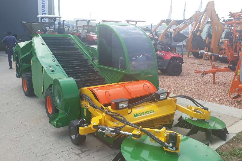 Other combine harvesters and harvesting equipment Monchiero 2095 Combine harvesters and harvesting equipment