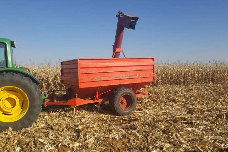 Other LM Tapkar 5 6 Ton . Baie mooi en in werkende toest Combine harvesters and harvesting equipment