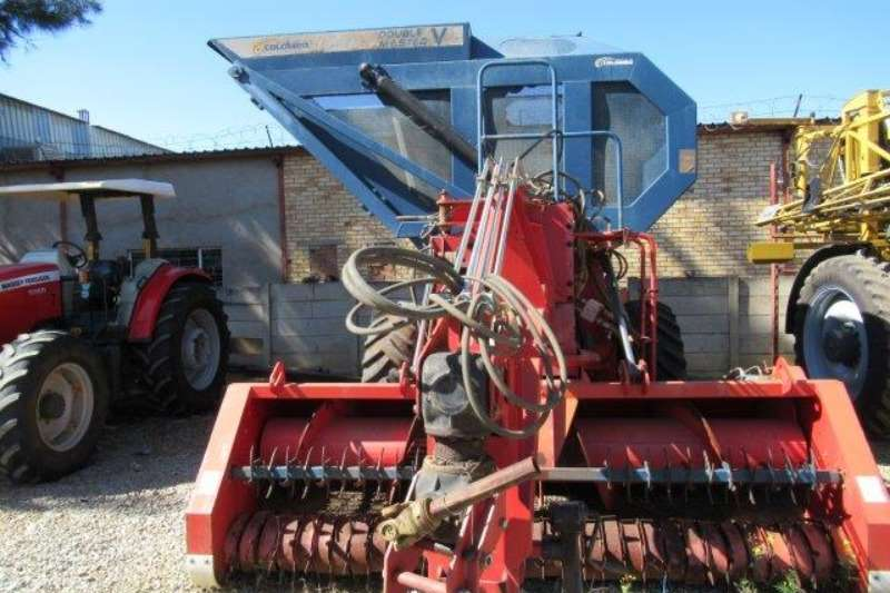 Other Other combine harvesters and harvesting equipment Industrias Reunidas Colombo LTDA DMA   V, 12775, T Combine harvesters and harvesting equipment
