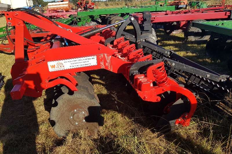 Other cultivators Gc Tillage,Agromaster,Radium,J.D,+ 20 hyd discs Cultivators