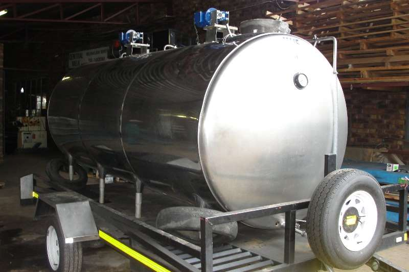 Holding tanks Vervoer tank 1000L Dairy farming