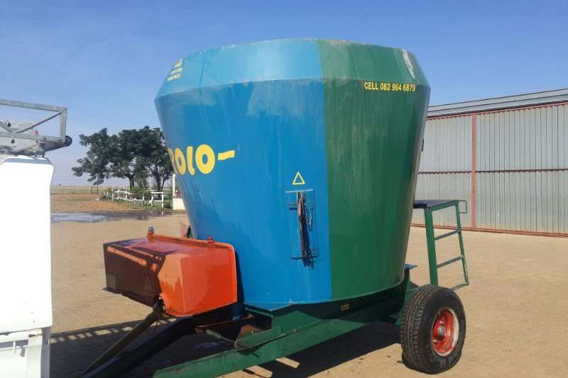Feed Mixers Rolo feed mixer 0