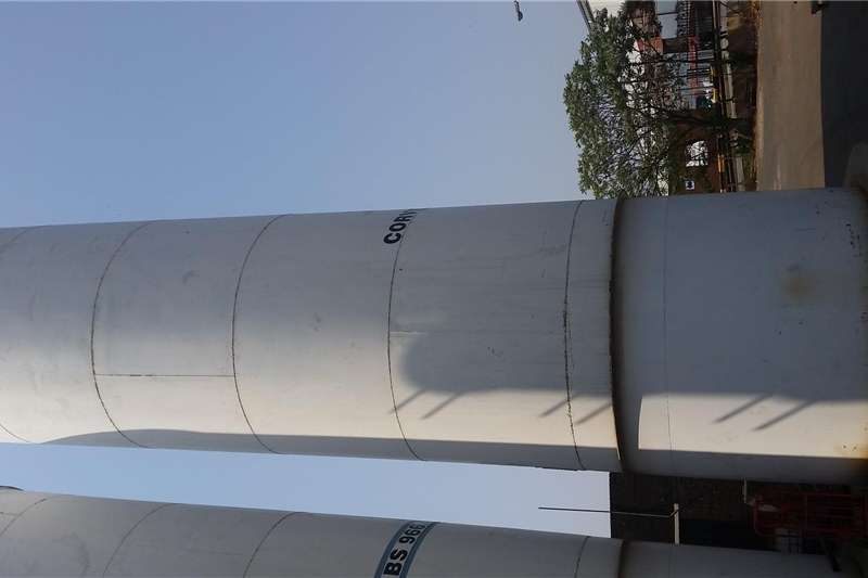 Feed Mixers Vertical Feed Mixers silos steel R100000 for all 3