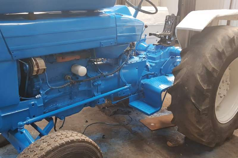 Ford Tractors 5000 2WD