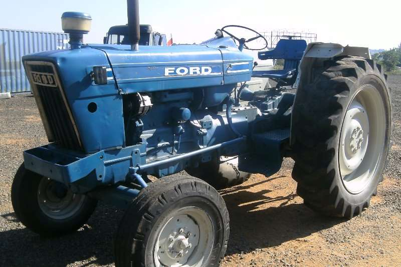 Ford FORD 6600 TRACTOR Tractors