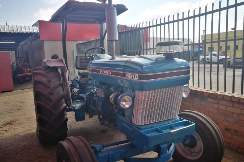 Ford Four wheel drive tractors Ford 6610 Tractors