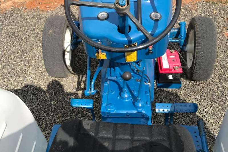 Ford Other tractors Ford 500 Tractor Tractors