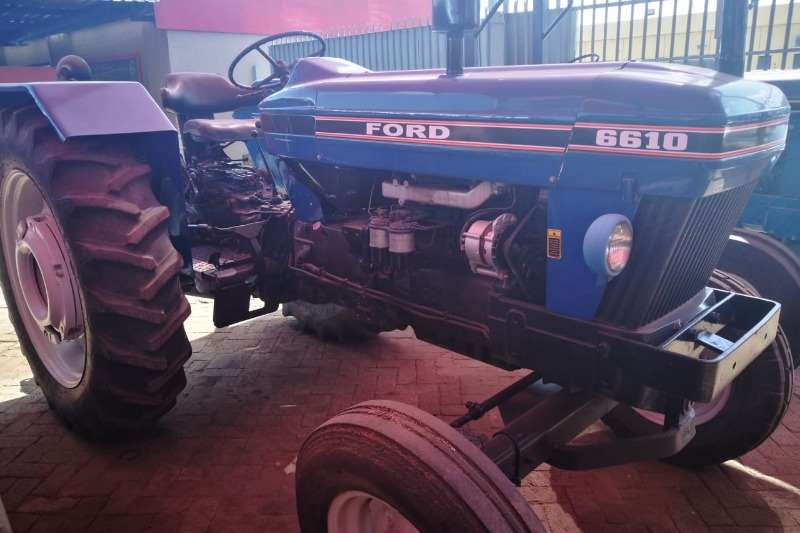 Ford Tractors Two Wheel Drive Tractors 6610 Tractor Refurbished to NEW 012 520 5010