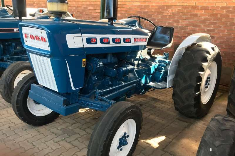 Ford Two wheel drive tractors Ford 3000 Tractors
