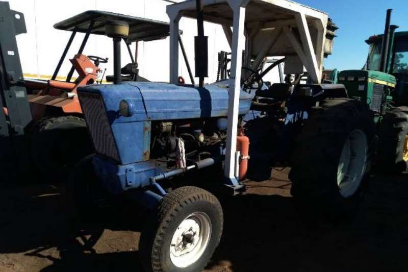 Ford Tractors Utility Tractors Ford 5000 Tractor