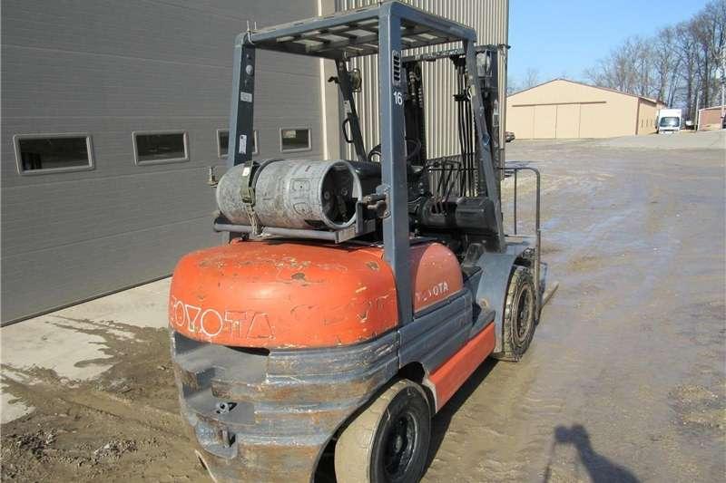 52 6FGU30 Forklift Forklift