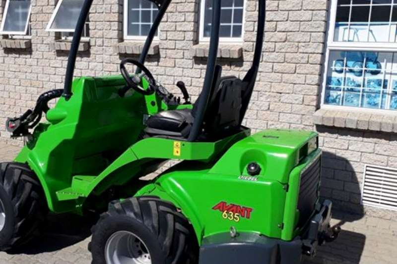 Avant 600 series Avant 635 with Kubota engine: Pre-owned Multifunct Front End Loader