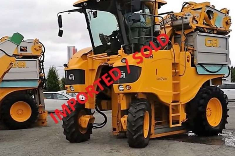 Gregoire Combine Harvesters and Harvesting Equipment Grape Harvesters G8.270 Quality Havester Machine (SOLD)