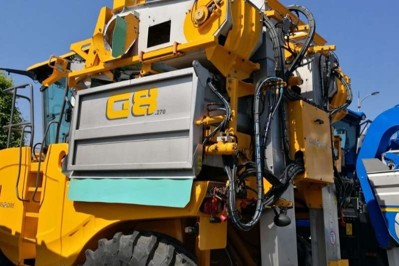 Gregoire Grape harvesters G8.270 Quality Havester Machine (SOLD) Combine harvesters and harvesting equipment