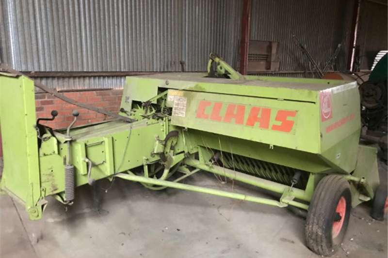 Balers Claas Markant 51 Sqaure Baler Hay and forage
