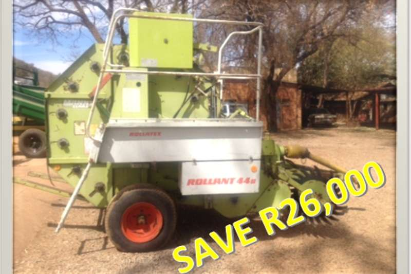 Hay and Forage Balers S2658 Green Claas Rollant 44s Round Baler Pre-Owne