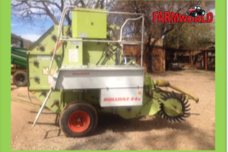 Balers S2658 Green Claas Rollant 44s Round Baler Pre Owne Hay and forage