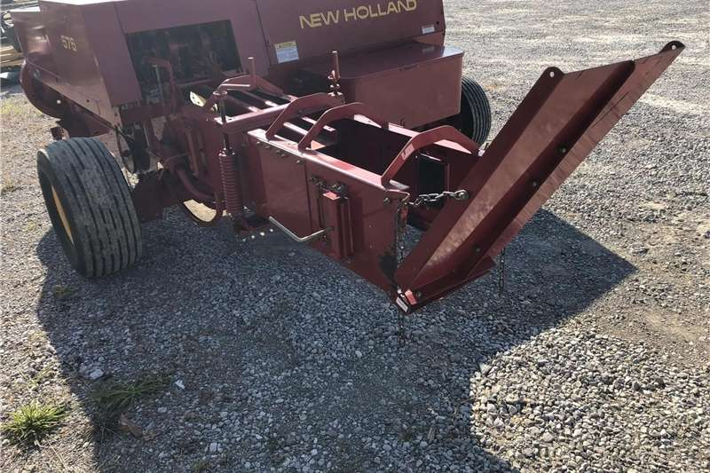 Balers Small Square Baler 575 New Holland Hay and forage